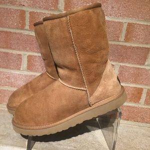 UGG Australia Classic Short Boot Chestnut Brown 8